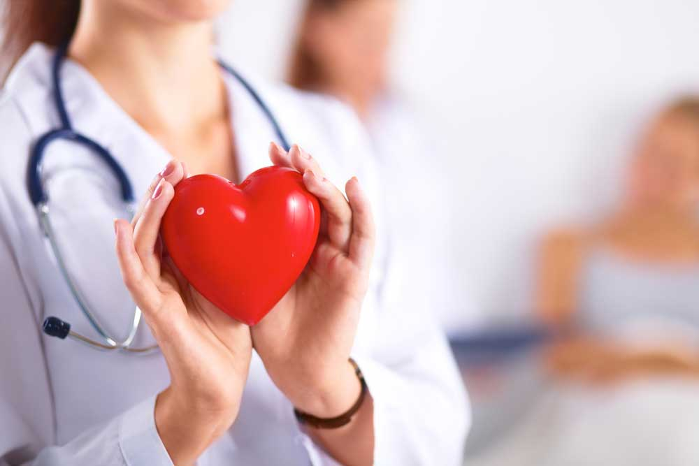Early Menopause Linked With Heart Risk