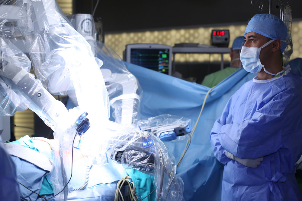 Robotic vs laparoscopic hysterectomy: Is there a place for both?